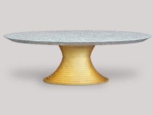 Bretz_Esstisch_Nofretete_betongrau_golden