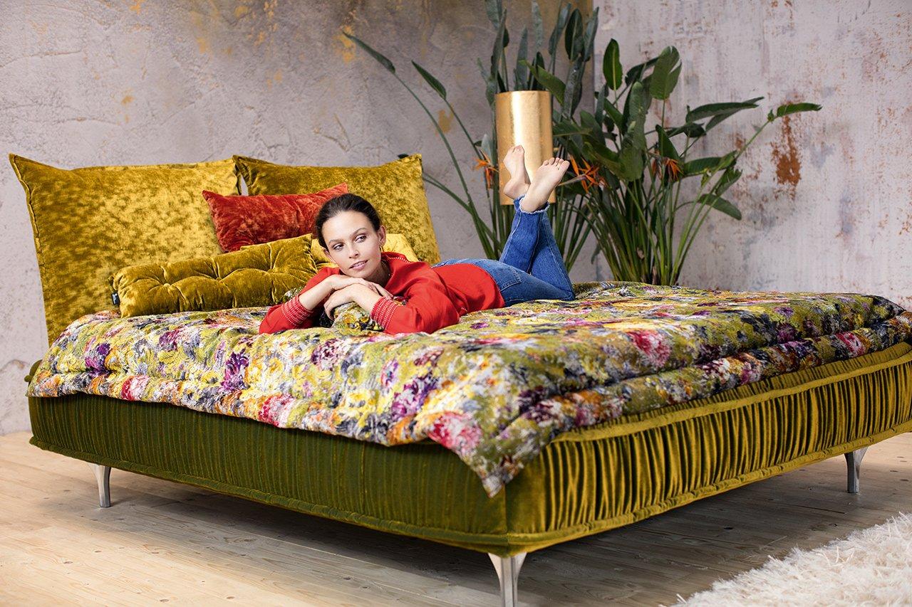 ohlinda bett bretz wohntr ume. Black Bedroom Furniture Sets. Home Design Ideas